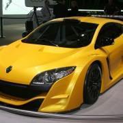 Renault выставит гоночный Sport Trophy в Москве