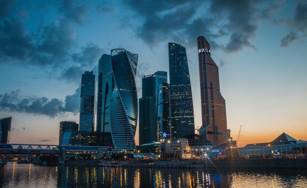 Места в Москве - Москва-Сити ночью