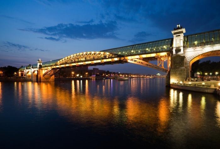 Места в Москве - Пушкинский мост ночью