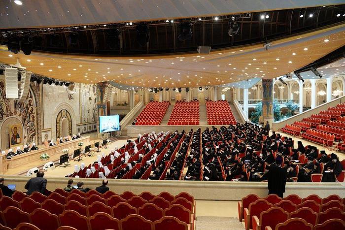 Зал Церковных Соборов Храма Христа Спасителя