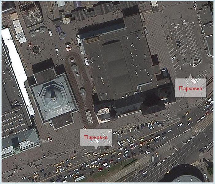 Парковка у здания Ярославского вокзала