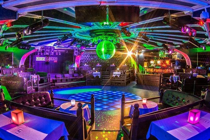 Клуб в Москве LeninGrad