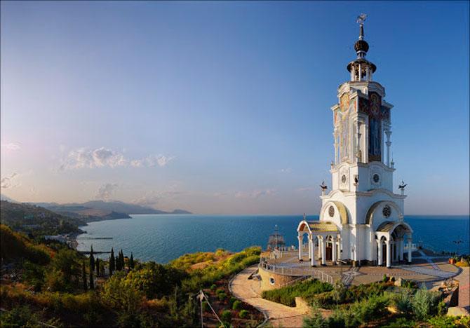 Музей катастроф на водах при Храме-маяке Святого Николая Мирликийского